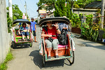Friday Mar 24rd. We arrived in Yogyakarta the day before and now the official tour starts. We experience the city using the local pedicabs nicknamed